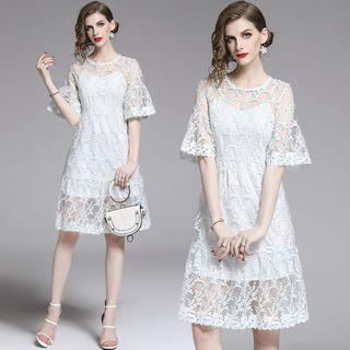 Yonna - 套裝: 純色吊帶連衣裙 + 刺繡中袖A字連衣裙