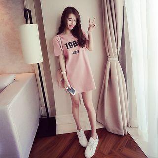 Carmenta - Short-Sleeve Number Mini T-Shirt Dress