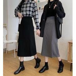 Luminato - Asymmetric Midi Skirt