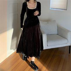 Moss Studio - Long-Sleeve Midi A-Line Dress