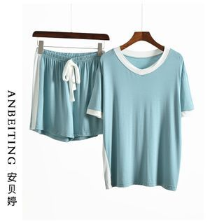 Anbeitin - Loungewear Set: Contrast Trim Short-Sleeve T-Shirt + Shorts
