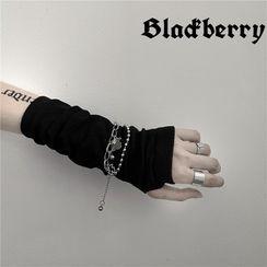 Banash - Bear Pendant Bracelet