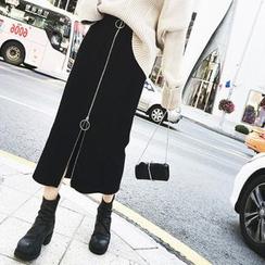 EFO - Hoop-Accent Zip-Front Midi Pencil Skirt