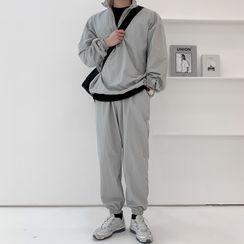 MRCYC - Half-Zip Sweatshirt / Sweatpants / Set