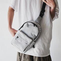 SUNMAN - Lettering Zip Sling Bag