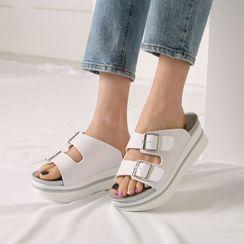 Wifky - Buckle-Strap Platform Slide Sandals