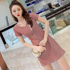 Meatacci - Short-Sleeve Gingham A-Line Mini Dress