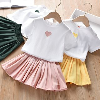 Shaneebabe - Kids Set: Heart Embroidered Short-Sleeve T-Shirt + Pleated A-Line Skirt