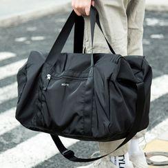 Moyyi - Lettering Carryall Bag