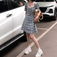monroll - 短袖格子A字迷你连衣裙