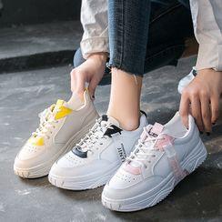 KORISE - 双色字母标签休閒鞋