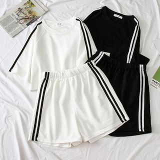 Oolun - Set: Contrast-Trim Raglan T-Shirt + Sweatshorts