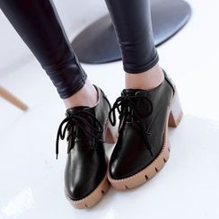 Shoes Galore - Lace-Up Chunky Heel Shoes