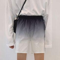 MRCYC - Gradient Shorts