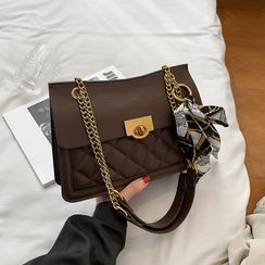 Szeta - Quilted Flap Chain Shoulder Bag