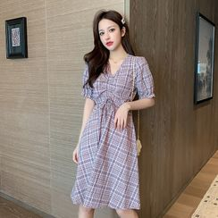 EFO - Short Sleeve V-Neck Drawstring Plaid A-Line Dress