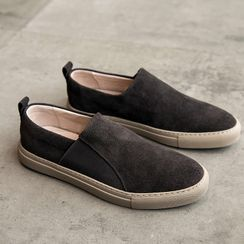 VEAZ - Faux Leather Slip-Ons