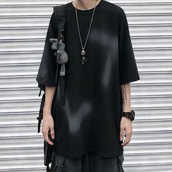 Blackcola - 短袖喷雾印花T裇