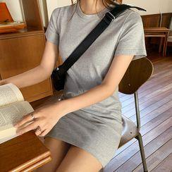 Envy Look - Slit-Fit T-Shirt Dress