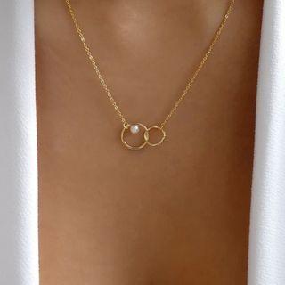 Terreau Kathy - Alloy Faux Pearl Interlocking Hoop Pendant Necklace