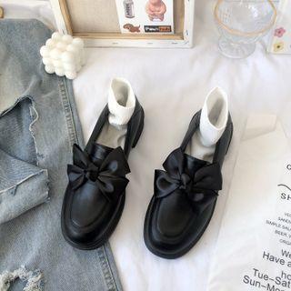 Stevvi - Plain Bow Loafers