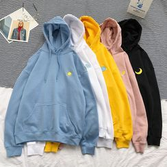 Newise - Embroidered Hoodie