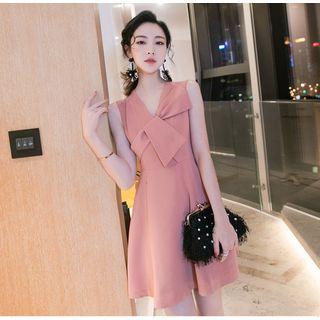 NIAT - Sleeveless Twisted A-Line Dress