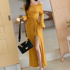 Shacos - Set: Long-Sleeve Off Shoulder Mini Sheath Dress + Wrap Skirt