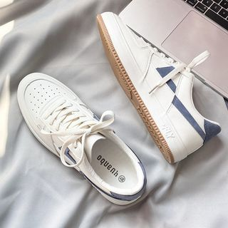 YERGO - Lace Up Sneakers