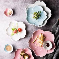 Cassandra - Sakura Ceramic Plate