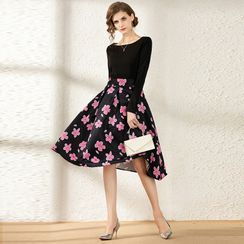 Staria - Long-Sleeve Flower Print A-Line Midi Dress