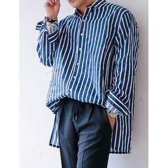 STYLEMAN - Dip-Back Striped Boxy Shirt