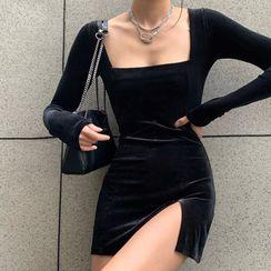 Sosana - Square-Neck Long-Sleeve Bodycon Mini Dress