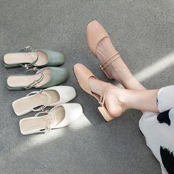 佳美 - 纯色粗跟凉鞋