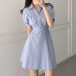 Leoom - 泡泡袖條紋A字迷你裹式連衣裙