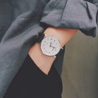 InShop Watches - Plain Faux Leather Strap Watch