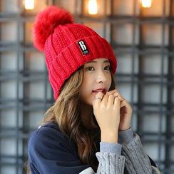 Buttercap - 绒球毛线帽