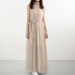 Eloqueen - Halter Ruffle Evening Gown