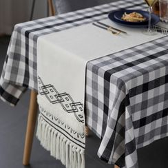 Caldo - Plaid Table Cloth