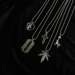 527 Studio - Alloy Pendant Necklace
