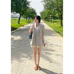 chuu - Short-Sleeve Linen Blazer