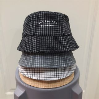 TAAK - Checked Bucket Hat