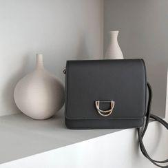 MERONGSHOP - Buckle-Detail Flap Shoulder Bag