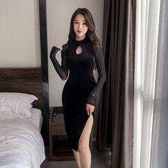 Maine(メイン) - Long-Sleeve Cutout Bodycon Qipao Dress