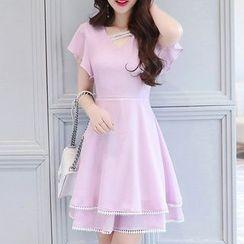 Ashlee - Flounced Short-Sleeve A-Line Dress