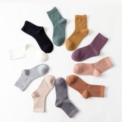 Knit a Bit - Set of 4: Plain Crew Socks