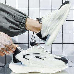 JACIN - Platform Lace-Up Sneakers