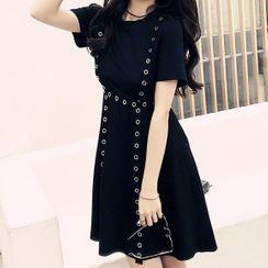 Glacia - 金屬扣眼貼布繡短袖A字連衣裙