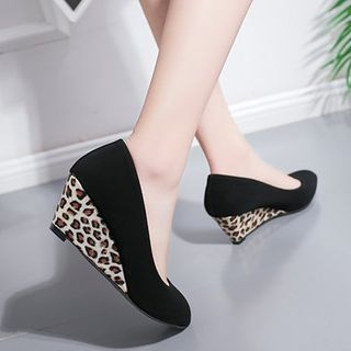ACCUCIN - Pointed Wedge Pumps