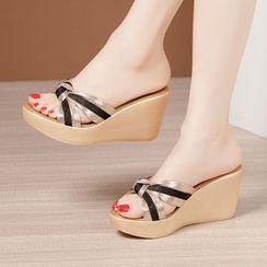 Obelie(オベリー) - Wedge-Heel Sandals